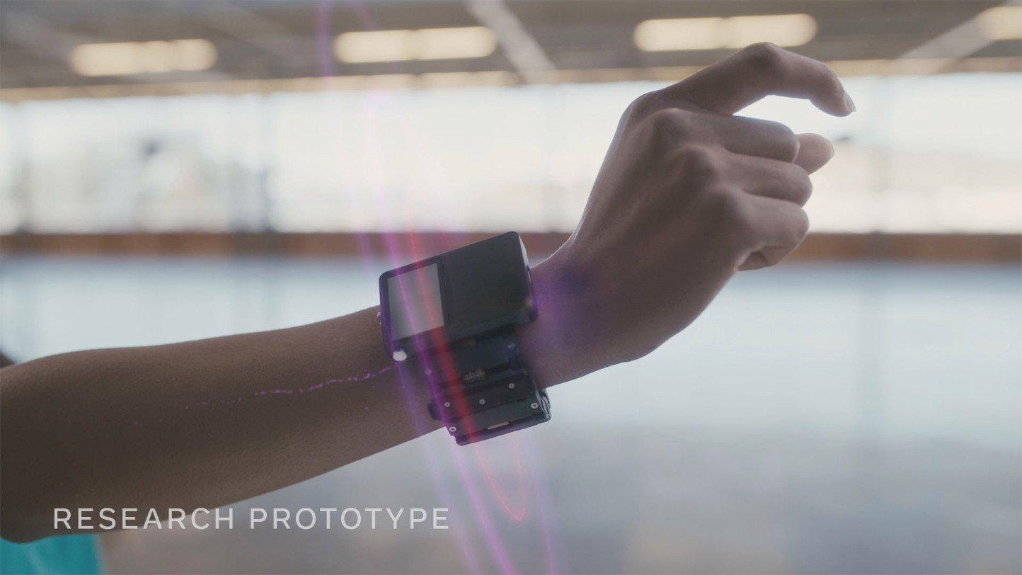 Facebook_wristband
