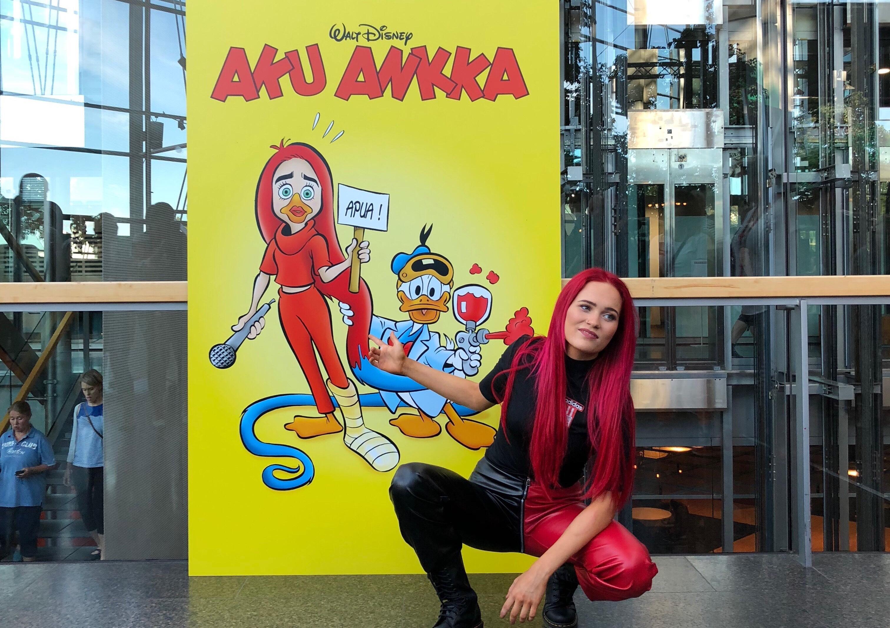 Pop star Sanni in AR enhanced comic